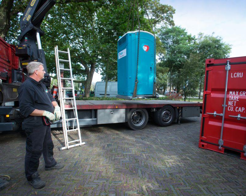 ECO toilet op een vrachtwagen